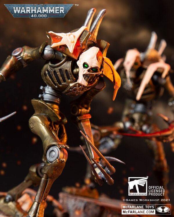 Vorbestellung – Warhammer 40k Actionfigur Necron Flayed One 18 cm